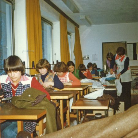 1978 - Nähsaal in Außervillgraten 175